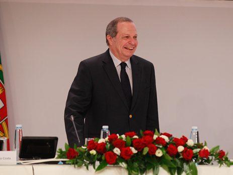 Carlos César foi reeleito Presidente do PS com 96,3% dos votos