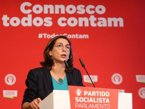 """Ana Catarina Mendes avisa que tempos atuais """"não estão para aventureirismos"""""""