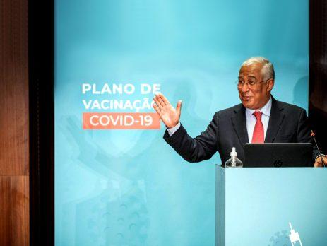 António Costa felicita aprovação da primeira vacina contra a Covid-19